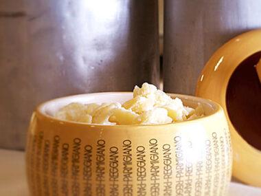 formaggiera grande
