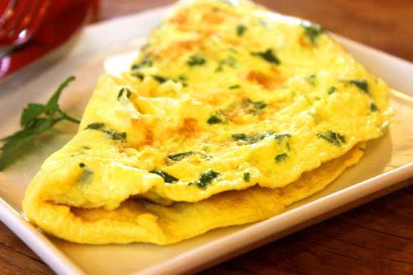 Ricetta di Carlo Cracco: la vera omelette con Parmigiano Reggiano
