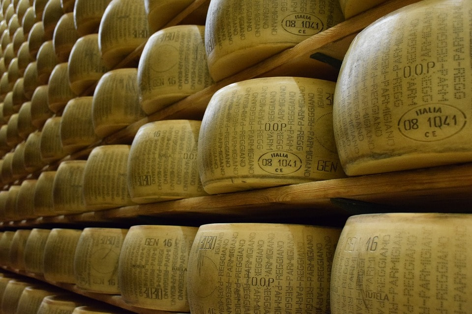 parmigiano-reggiano-grana-padano-differenze
