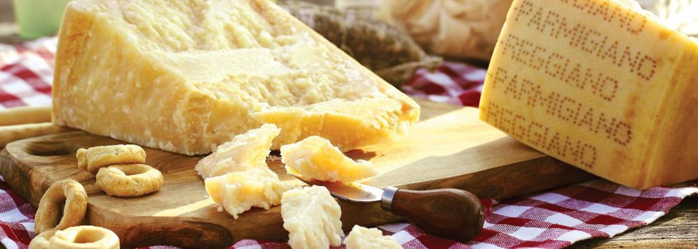 Come riconoscere una buona stagionatura di Parmigiano Reggiano, Caseificio La Madonnina, Salsomaggiore Terme, Parma