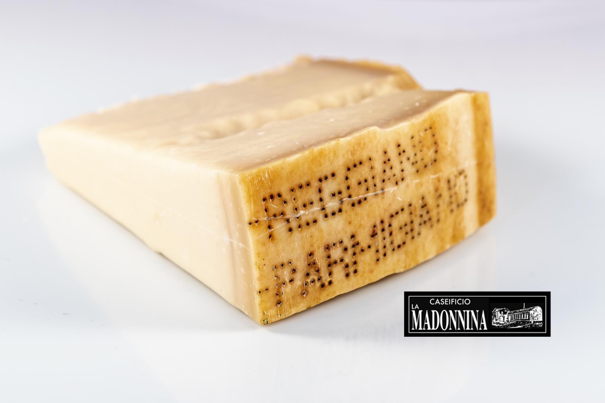 LAVORAZIONE Parmigiano Reggiano, Caseificio La Madonnina